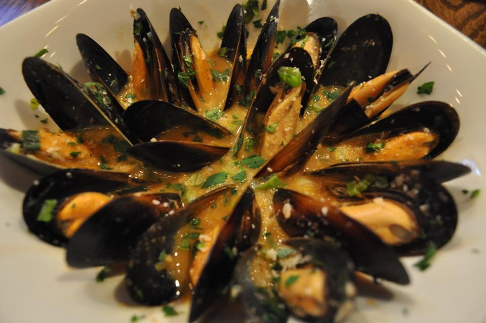 king-crab-house-chicago-steamed-muscles