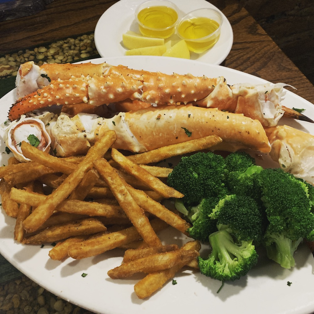 king-crab-house-chicago-super-jumbo-king-crab-legs-fries-broccoli