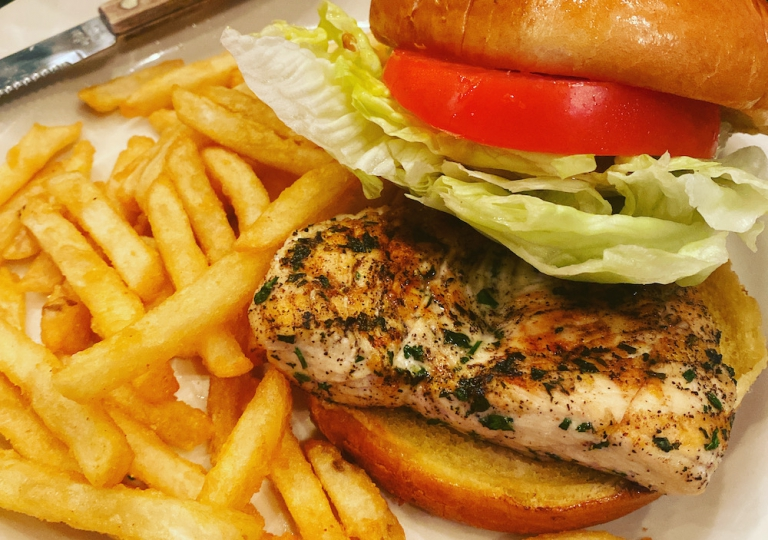 king-crab-house-cy-seasoned-chicken-sandwhich-fries